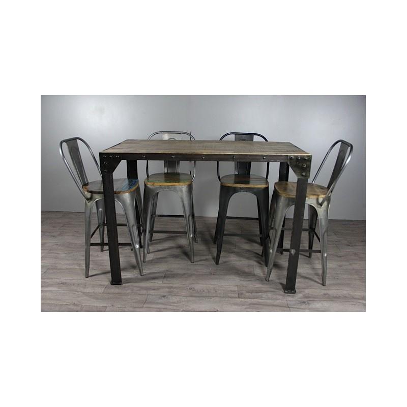 table haute de repas de style industriel