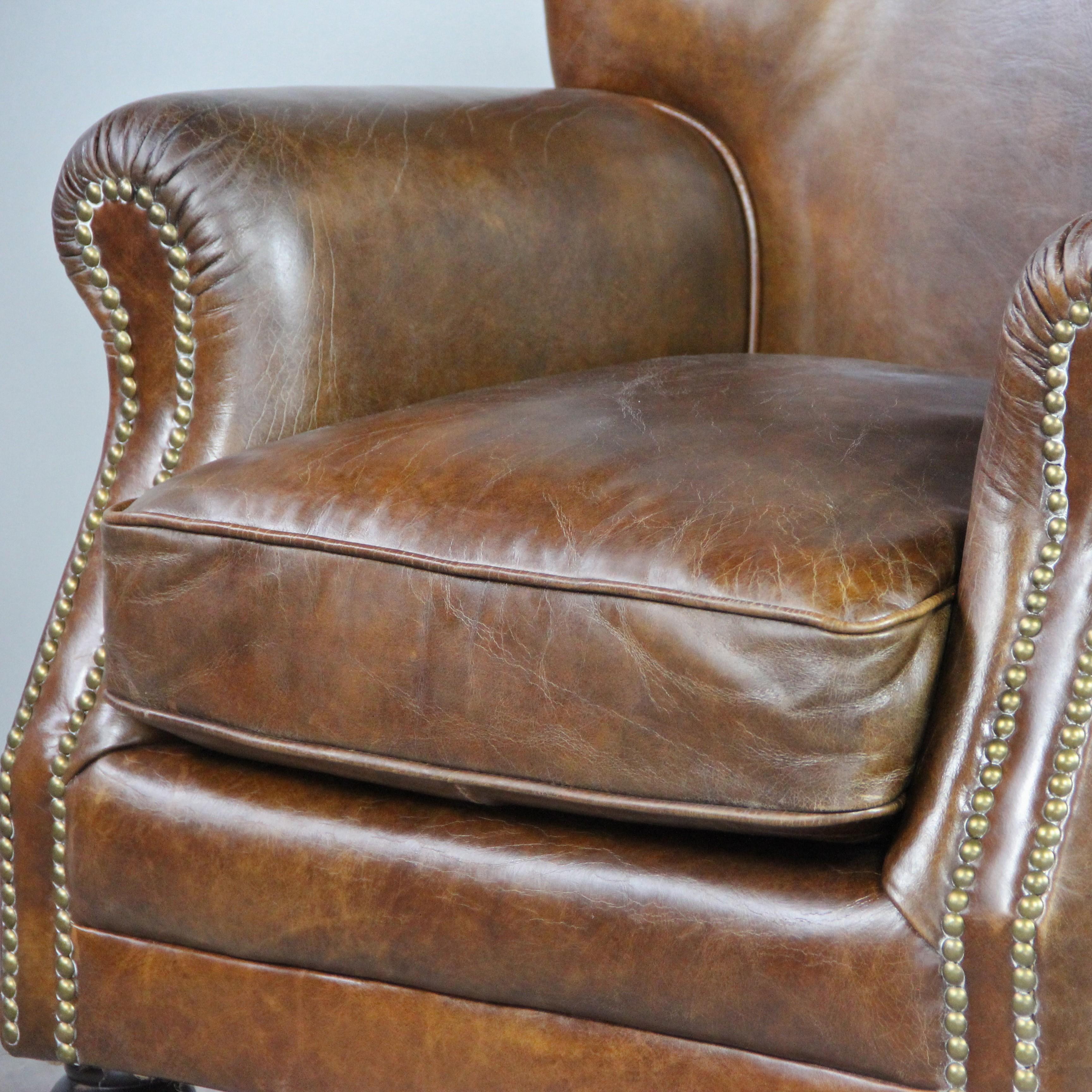 Fauteuil club anglais en cuir marron et clous style Vintage patiné 6a84e18e6acc