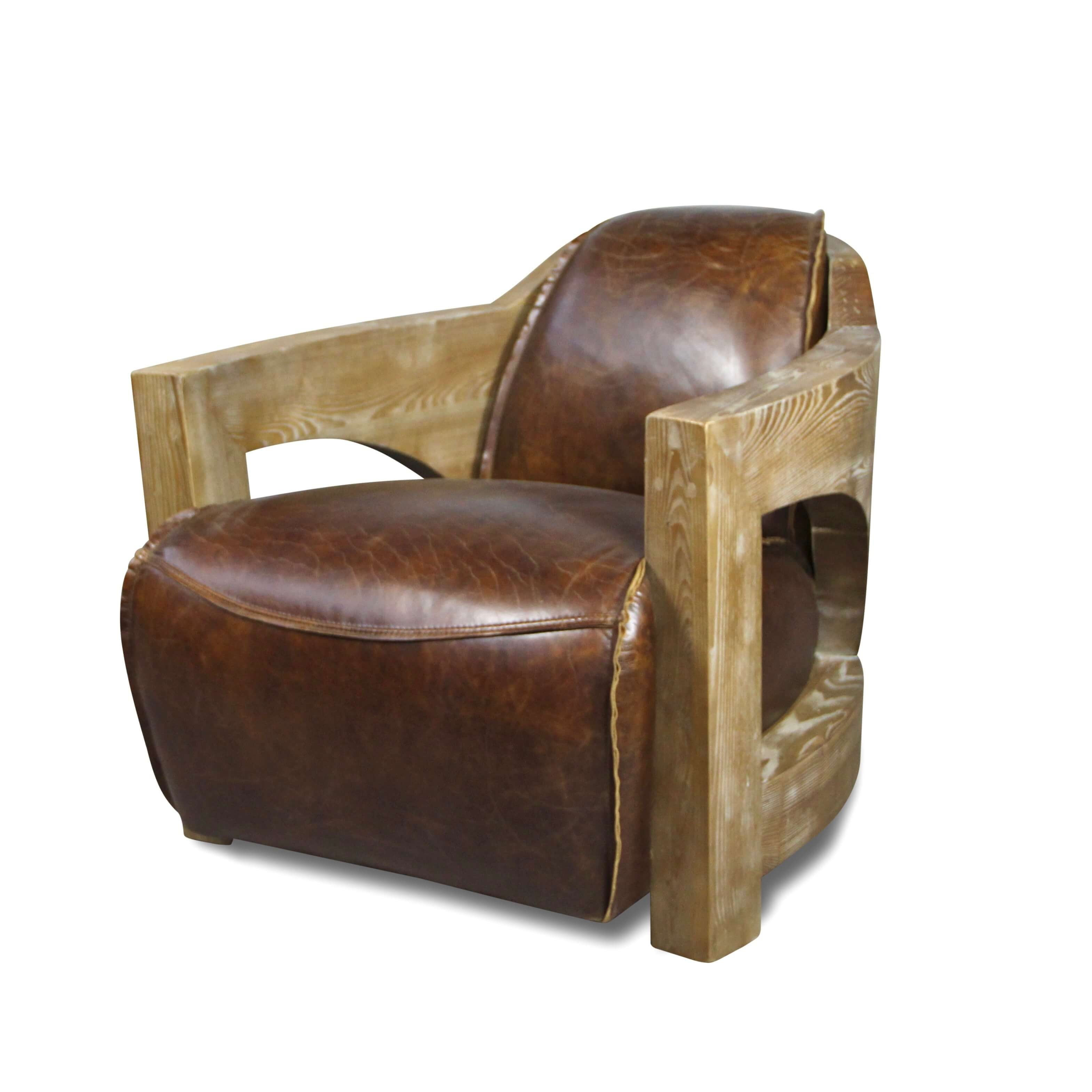Fauteuil Club cuir marron patiné vintage avec accoudoirs en bois a09cd9fba72c
