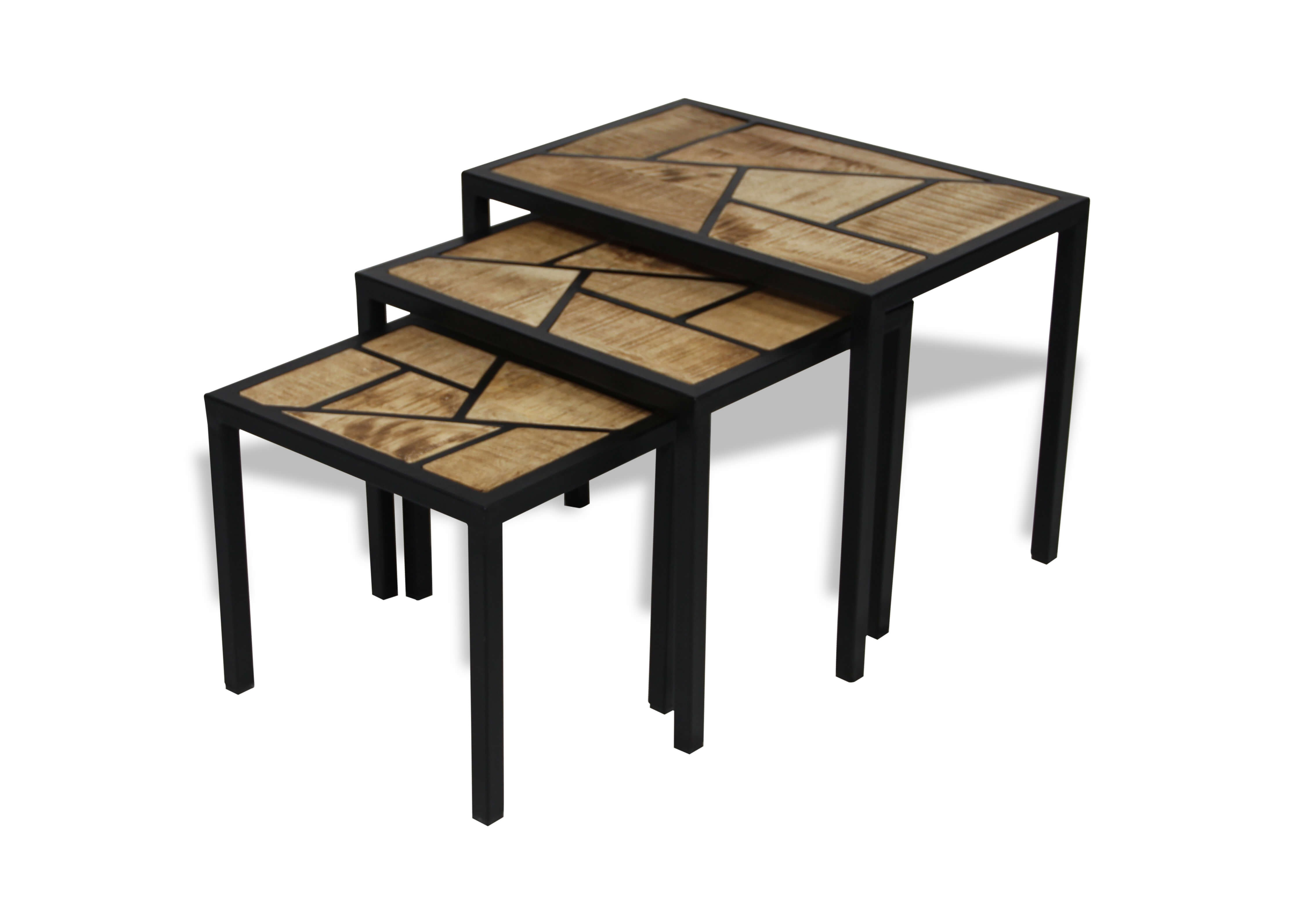 table basse gigogne par trois en patchwork de bois et. Black Bedroom Furniture Sets. Home Design Ideas