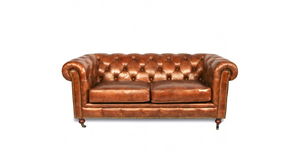"Canapé Chesterfield ""The First"" cuir brun clair patiné"